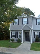 End Unit Townhome... Short Drive to Camp Lejeune's Back Gate! in Camp Lejeune, North Carolina