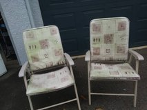 2 garden style padded lawn chairs in Vacaville, California