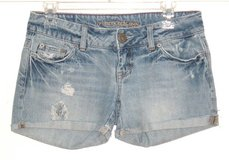 American Eagle Cuffed Distressed Denim Jean Shorts Womens 2 in Morris, Illinois