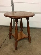 Vintage Solid wood accent table in Joliet, Illinois
