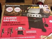 Brinkman 5 Burner Gas Grill in Quantico, Virginia