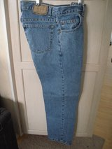 arizona authentic men's straight leg denim jeans size 29x30 mid wash in Plainfield, Illinois