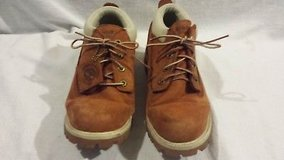 mens timberland genuine brown tan leather 9.5 m lowtop lace up boots  02426 in Fort Carson, Colorado