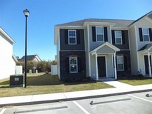Great Townhome Just Minutes from Camp Lejeune. in Camp Lejeune, North Carolina