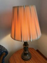 Table lamp, 3-way light in New Lenox, Illinois