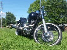 Softail Custom FXSTC. 4000 OBO. QUICK SALE in Fort Campbell, Kentucky