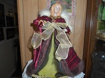 """12""""  Tall Angel tree topper or centerpiece display. burgandy and green dress!. in Bellaire, Texas"""