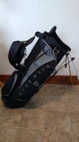 Nike Black/Gray Golf Bag - Pop Out Legs w/ Backpack Straps - Cover in Plainfield, Illinois