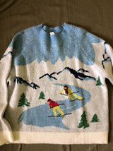 NWT H&M Women's Sweater size L Ski in Lockport, Illinois