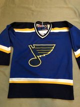 Youth Size L CCM Hockey Jersey St. Louis Blues in Naperville, Illinois