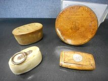 Antique Snuff Box in Batavia, Illinois
