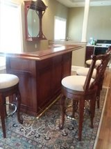Excellent Condition Bar Set (6 Pieces)!!! in Glendale Heights, Illinois