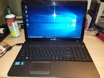 Gateway 15.6 Inch Laptop Windows 10 very clean with warranty in Clarksville, Tennessee