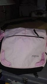 Pink jansport messenger bag in Fort Lewis, Washington