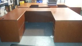 HON Office Desk U Station (2 desks with bridge) $3300 value in Chicago, Illinois