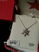 Kaleidoscope Snowflake Necklace - NEW in Conroe, Texas