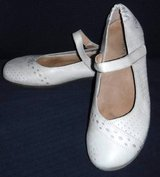 Sz 8 - 8.5M Taos Tan Leather Mary Jane style shoes ~ Ballet Flats in Naperville, Illinois