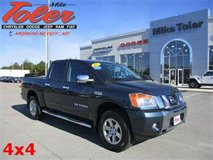 2015 Nissan Titan SL-4x4-V8-Crew Cab(Stk#14835a) in Cherry Point, North Carolina