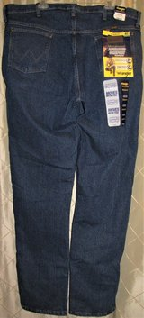 new wrangler jeans cowboy cut 47 mwz regular fit 40 x 38 fits over boots comfort in Fort Lewis, Washington