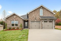 132 Rossview Place in Fort Campbell, Kentucky