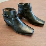 very nice condition. mephisto black, leather boots with buckle. ladies size 9. in Lockport, Illinois