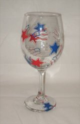 HAND PAINTED WINE GLASS - Independence Day - 4th of July - NEW in Joliet, Illinois