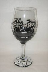 HAND PAINTED WINE GLASS - Motorcycle - HD - H-D - NEW in Joliet, Illinois