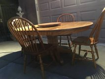 6-Pc Solid Wood ( Oak) Dining Set in Travis AFB, California