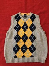 Boys Vest Gap size 8 in Naperville, Illinois
