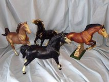 Breyer Horse Lot 7 of 14 in New Lenox, Illinois