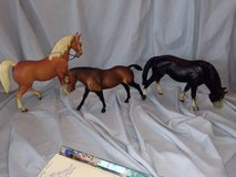 Breyer Horse Lot 11 of 14 in St. Charles, Illinois