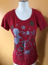 Disney Christmas t-shirt Size M in Joliet, Illinois