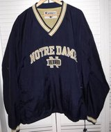 Men's 3XL Champion Notre Dame V-Neck Pull-over Windbreaker / Jacket in Orland Park, Illinois