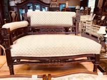 Settee in St. Charles, Illinois