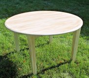 Chalk Painted Solid Oak Kitchen Table 48-in Round, 3 Leafs, Extends to 84-in in Naperville, Illinois