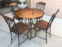 5-Pc Counter Height Dining Set in Travis AFB, California