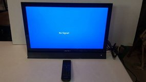 "Vizio Razor E220VA 22"" 1080p HD LED LCD Television in Chicago, Illinois"