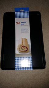 2 Tala Baking Trays / Cookie Sheets with 4 reusable  liners NEW in Chicago, Illinois