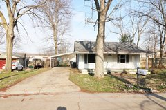 904 Dublin Ave, Englewood, OH 45322 in Wright-Patterson AFB, Ohio