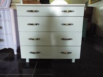 Chest of Drawers*Solid Wood*4 drawers*Vintage*Ex Cond* in Fort Leonard Wood, Missouri
