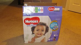 Huggies Little Movers Size 4 Diapers in Chicago, Illinois