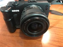 Canon EOS M 18.0 MP Digital Camera with 15-45mm Canon lens in Bolingbrook, Illinois