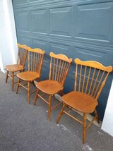 Furniture Makers Set of 4 Vintage Brace back Windsor Chairs in Roseville, California