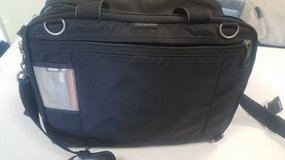 Thinktank Urban Disguise 50V 2.0 DSLR Camera Bag in Chicago, Illinois