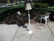 ALL METAL SCROLLED FLOOR LAMP in Tinley Park, Illinois
