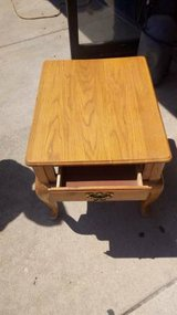Oak Side/Lamp Table in DeKalb, Illinois