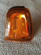 NEW 01-05 Ford Ranger right corner light in Glendale Heights, Illinois