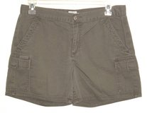 Calvin Klein Olive Green Cargo Shorts Womens 12 in Shorewood, Illinois
