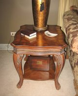 Wood End Table - Victorian in Joliet, Illinois