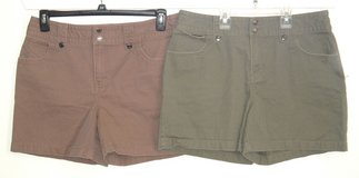 Lot of 2 Sonoma Snap Waist Snap Flap Pckt Shorts Women 12 Coco Brown Olive Green in Morris, Illinois